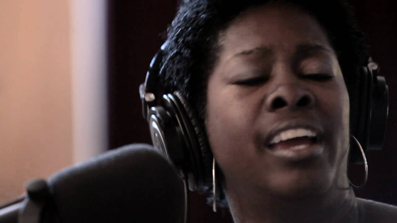 LaTosha Brown - I Know I've Been Changed - Gospel - Porto Franco Files