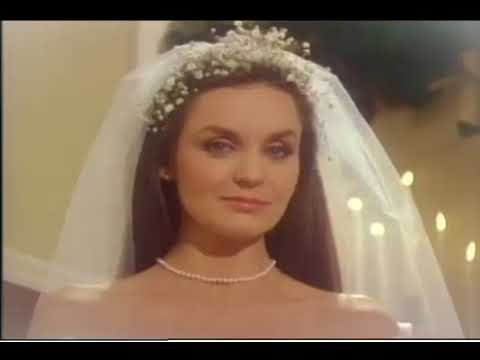 Crystal Gayle A Long and Lasting Love Official Vi   360P