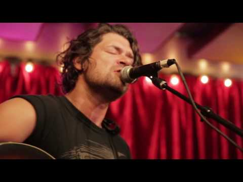 "Taking Back Sunday - ""You Can't Look Back"" 
