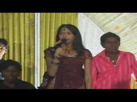 Kesariya Garbano Rang Lagyo  Gujrati Lokgeet Song  Vikram Thakur Shilpa Thakur  Meena Studio