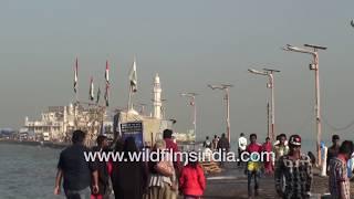 Haji Ali Dargah : Tomb of Pir Haji Ali Shah Bukhari