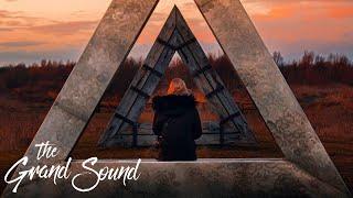 'Endless Journey' - Relaxing Deep House & Progressive House Mix (@Anjunadeep Special)