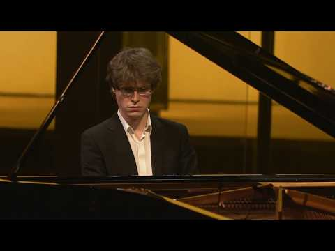 Strauss / F. Noack : Paraphrase on different waltzes | Florian Noack, piano