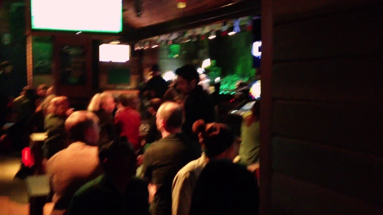 Living Room And Murrays Bar In Dublin