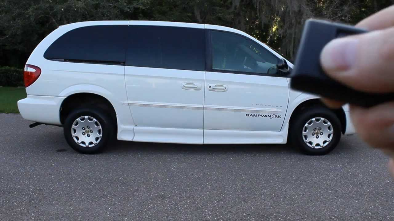 wheelchair van handicap ramp van ims mobility chrysler town country 2001 white 101k www. Black Bedroom Furniture Sets. Home Design Ideas