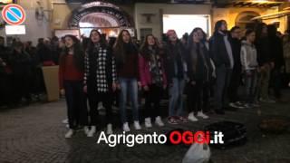 Flash mob   Agrigento(Questo video riguarda Intervista Albano Chiarastella Fortitudo Agrigento., 2016-03-06T16:39:30.000Z)