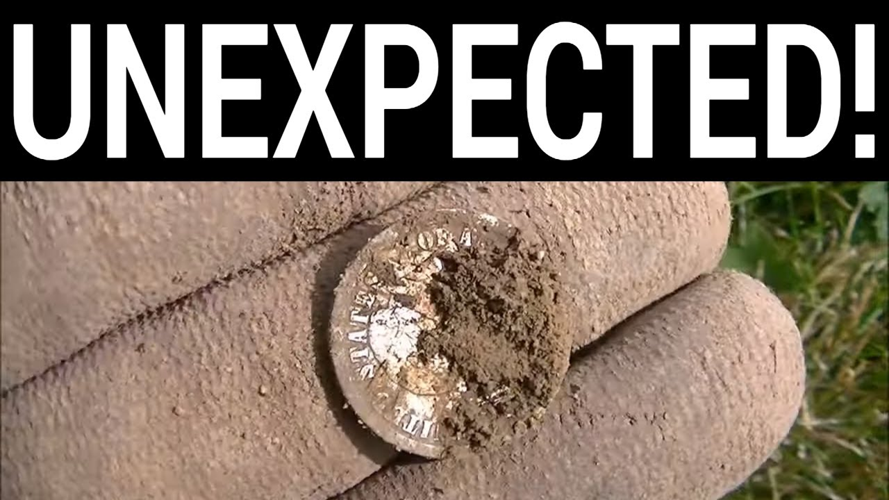 Metal Detecting BEST Old Coin Spill of 2019 So Far      Whoa!