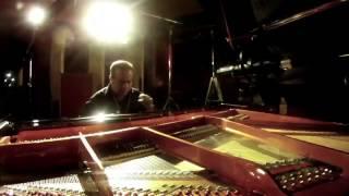 """""""Pueblito Viejo"""" homenaje de """"Classico Latino"""" al maestro Jose A. Morales"""