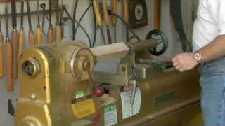 How To Use A Wood Lathe  -  Chucking Block With Wood - Woodworking Tips - Wood Working Projects