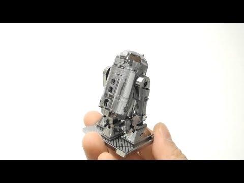 STAR WAR R2 D2 ROBOT NANO PUZZLE METALLIC