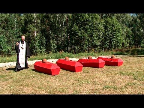 Захоронение останков 65-ти советских солдат. Год 2015   EE88