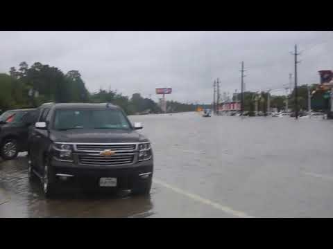 hurricane harvey flood near hwy 6 and i10 8.29.17 at 12pm
