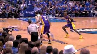Peja Stojakovic steal against Lakers