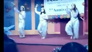 8th-p Class Dance.