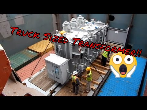 Break Bulk Discharge Off of Container Ship by Gantry Crane
