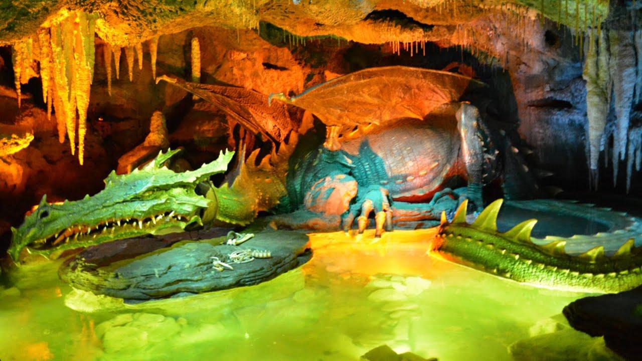 Dragon' Lair In Sleeping Beauty Castle Disneyland Paris