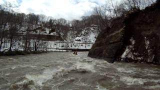 北海道ライオンアドベンチャー 春の激流ラフティングin尻別川 2011 4 24