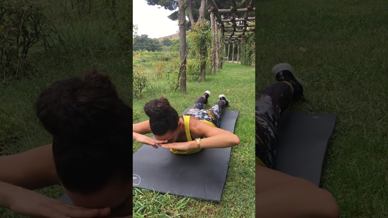 Cómo hacer abdominales sin que nos duela la espalda - YouTube