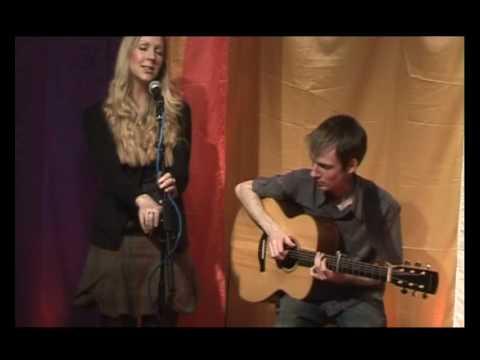 Katie Doherty - Bonnie Laddie (Live)