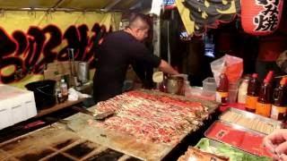 その場でファンが出来るお好み焼き屋さん 2016 職人 Street Food Japan Okonomiyaki thumbnail