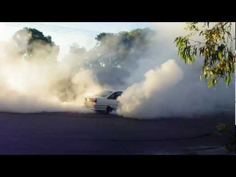 Holden Commodore VP SS HSV Burnout