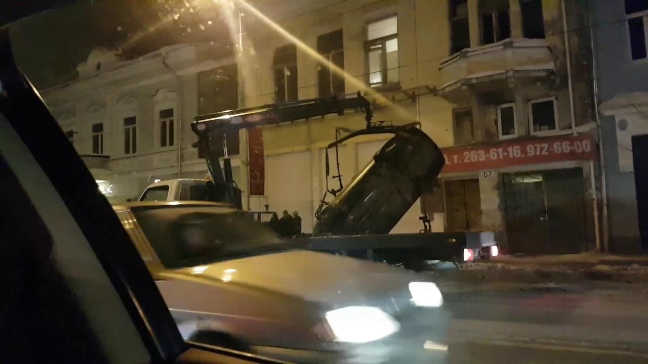Беспредел на дороге!  Эвакуатор разбил машину!  Самара жжот!