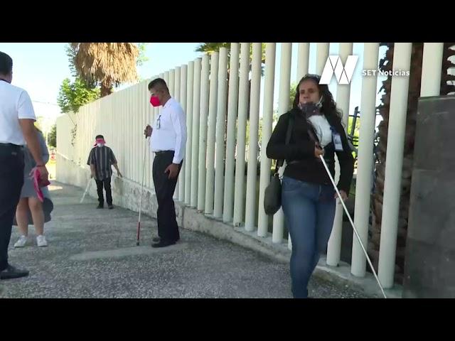 Estas personas sortearon los obstáculos a los que a diario se enfrentan personas con discapacidad