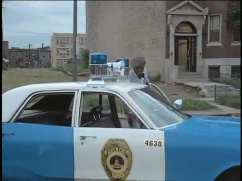 Monkey Hustle: Foxxy jacks the police