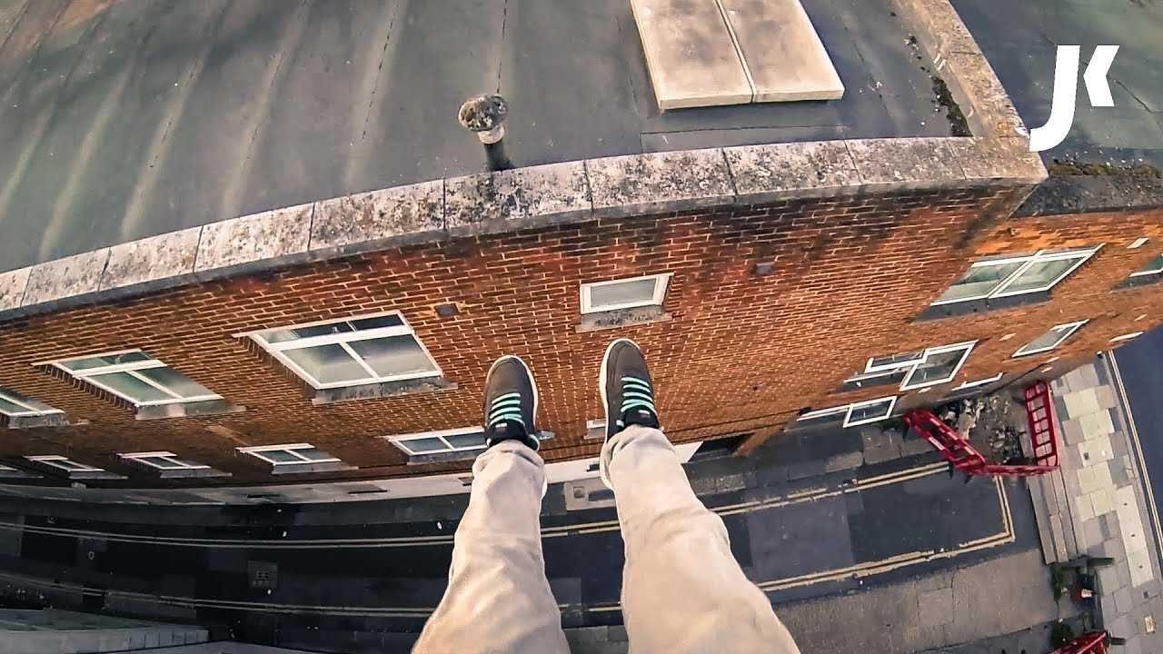 Why Is My Wallpaper Falling Off Insane Rooftop Parkour Youtube