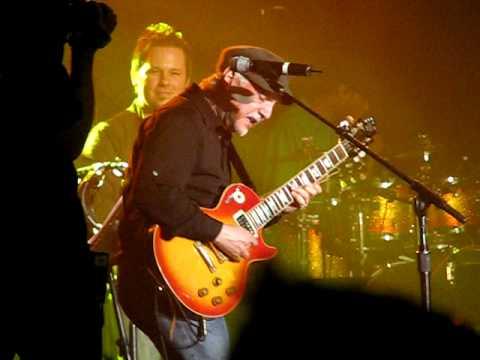 Phil Keaggy AMAZING guitar solo!