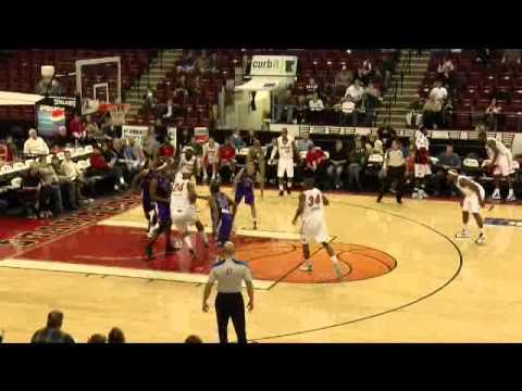 Antoine Walker -- NBA D-League debut