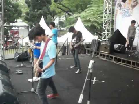 THE SANWANI CERITA INDAH cinta sesaat jakcloth summer fest 2012   YouTube