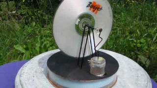 Mon moteur stirling solaire. My solar stirling engine.