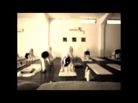 Yoga Aplicada Terapéutica - 2da Jornada Perfeccionamiento - YouTube 710b08537de4