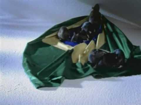 Resultado de imagem para campanha de 2002 do presidente lula os ratos roendo a bandeira do brasil