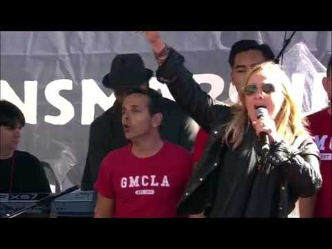 Melissa Etheridge & Gay Men's Chorus of Los Angeles - Uprising of Love - Women's March L.A. 2018