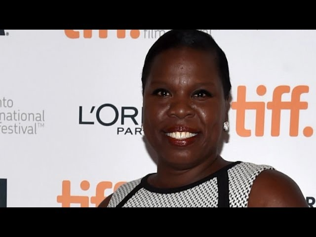 Leslie Jones Casts More Shade at Stylists: 'It Takes a Real Designer to Design for a Real Woman'