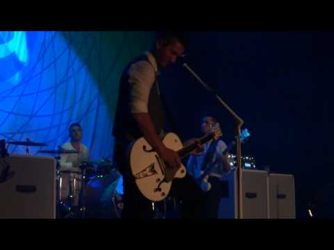 Boyce Avenue - Wake Me Up (Avicii cover) - Live in Vancouver - 2014
