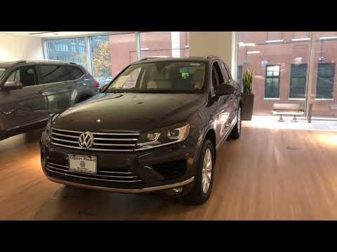 2016 VW Touareg Sport w/technology walkaround / Scott McCollum