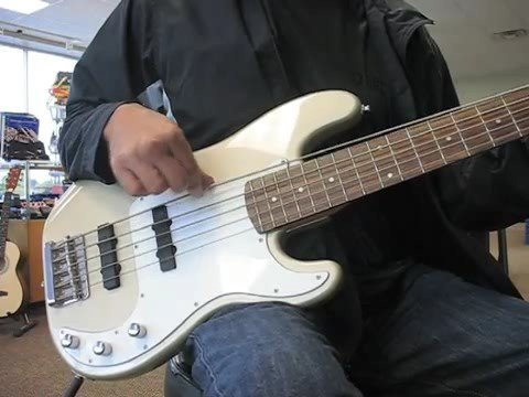 squier standerd precision bass 5 sting youtube. Black Bedroom Furniture Sets. Home Design Ideas