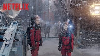 The Wandering Earth | Official Trailer [HD] | Netflix Thumb