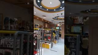HugknucklesTV: Roaming around Comic Alley at SM Megamall.