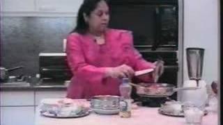 Mushroom And Bell Pepper (capsicum) Curry