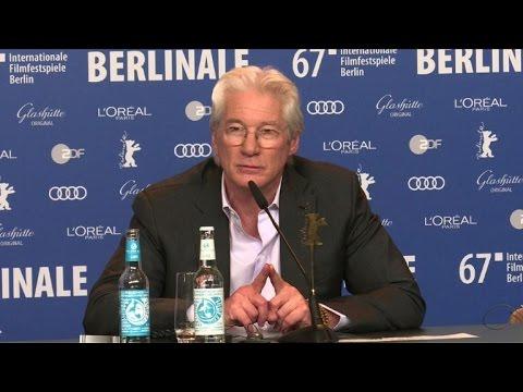 A la Berlinale, Richard Gere aussi s'en prend à Trump