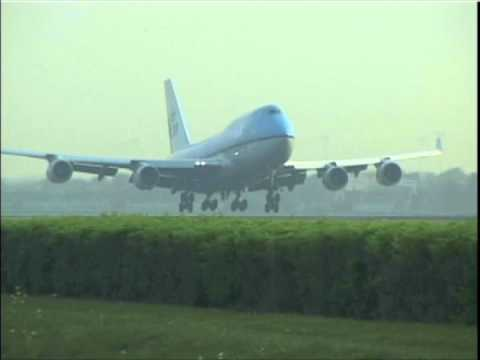 AMSTERDAM SCHIPHOL Airport Action (2011)