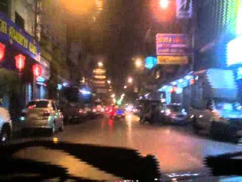 20120127203930 เจโอ๋สัญจร ตอนที่29 ดูสาวๆขายตัวริมถนนกลางใจเมือง