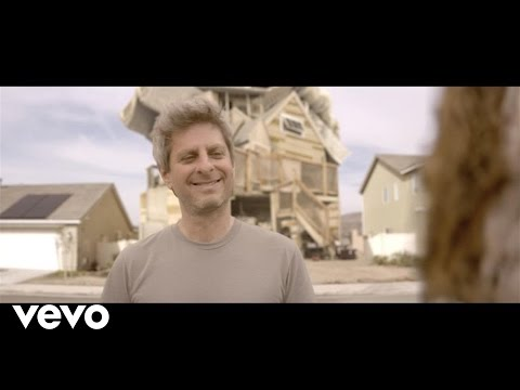 "Phish's Mike Gordon wants to drive you to ""Yarmouth Road"""