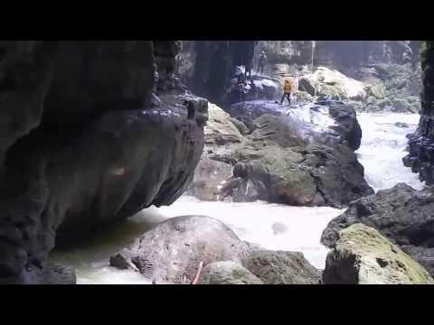 29 Hils Travel - Green canyon ciamis (@sumur putri)