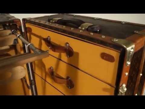 Malle Louis Vuitton , Wardrobe ( malle armoire )  /  Louis Vuitton Wardrobe trunk