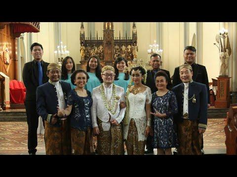 Benedicanta Singers - Ambillah dan Trimalah lyric by st.Ignatius Loyola arr. Onggo Lukito